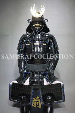 甲冑 サムライコレクション OR 火焔前立兜黒塗黒糸威二枚胴具足